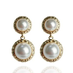 🆕️ Pearl Dangle Earrings